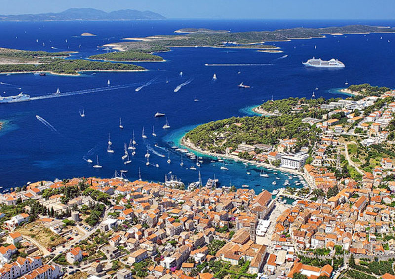 SPLIT – HVAR – PAKLINSKI ISLANDS